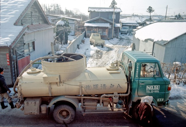 Typical Benny Truck, taken in 1975 in Hachinohe